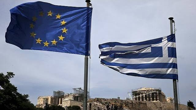 Direita da Grécia se mobiliza a favor do euro