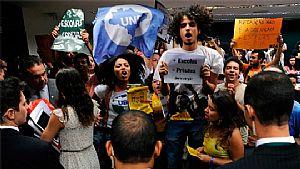 Maioridade Penal: Polícia da Câmara dos Deputados agride jovens