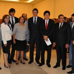 Governadores nordestinos reúnem-se por pacto contra crise