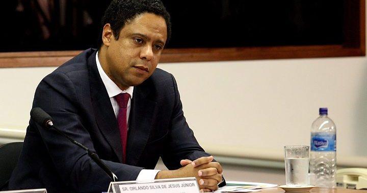 Orlando Silva (PCdoB-SP) defende anistia para todos os estrangeiros