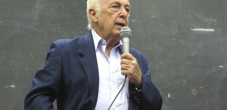 Bresser-Pereira: a sobrevivência nacional está em questão
