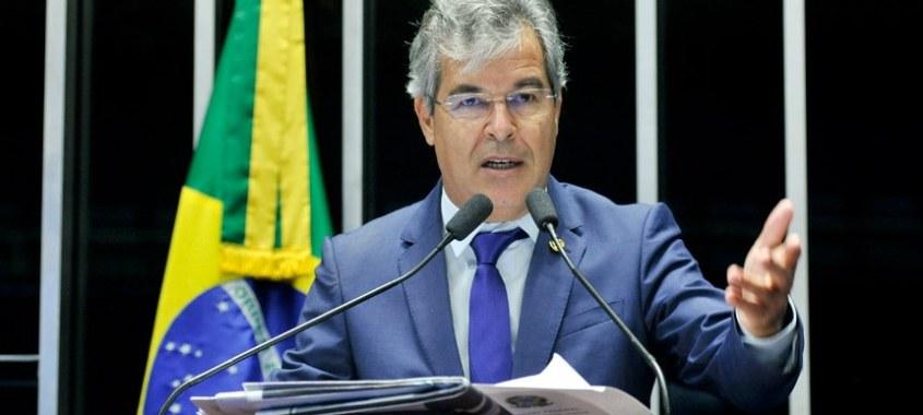 Senador Jorge Viana (PT-AC) diz que golpistas mancham biografia e lê textos de Janio de Freitas e Luis Fernando Verissimo