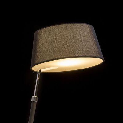 Lámpara de mesa con pantalla textil. Luces salón