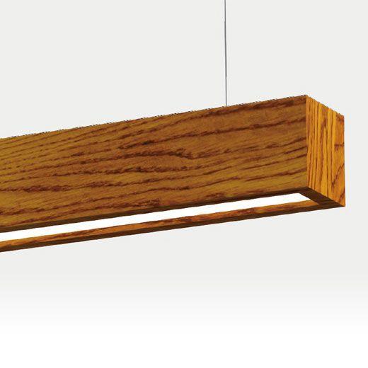 Lámpara led lineal de madera suspendida