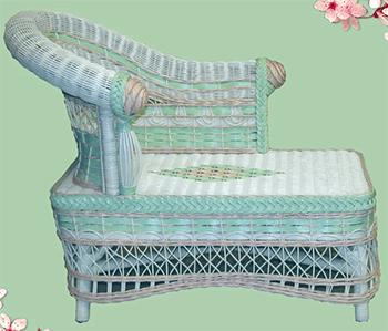 wicker kids chaise lounge