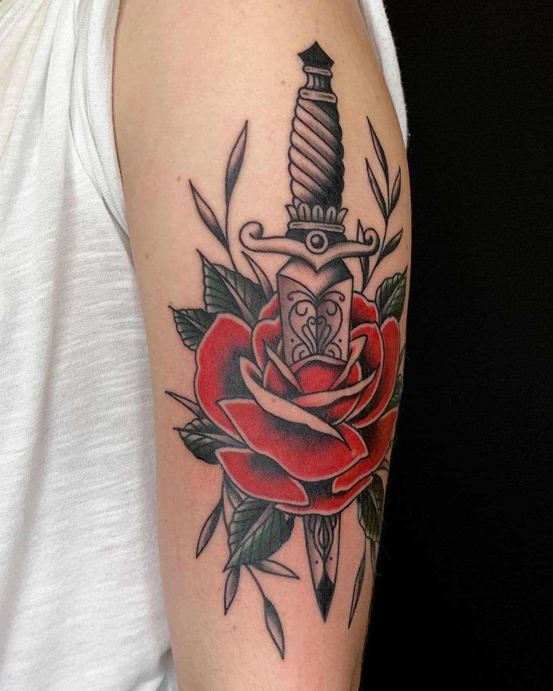 Traditional Rose Tattoo : traditional, tattoo, Traditional, Tattoo, Designs, Outsons, Men's, Fashion, Style, Guide