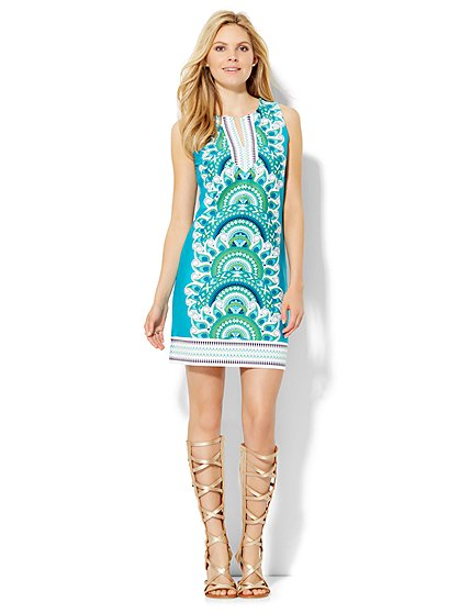 The Daily Find: Split-Neck Tunic Dress – Print