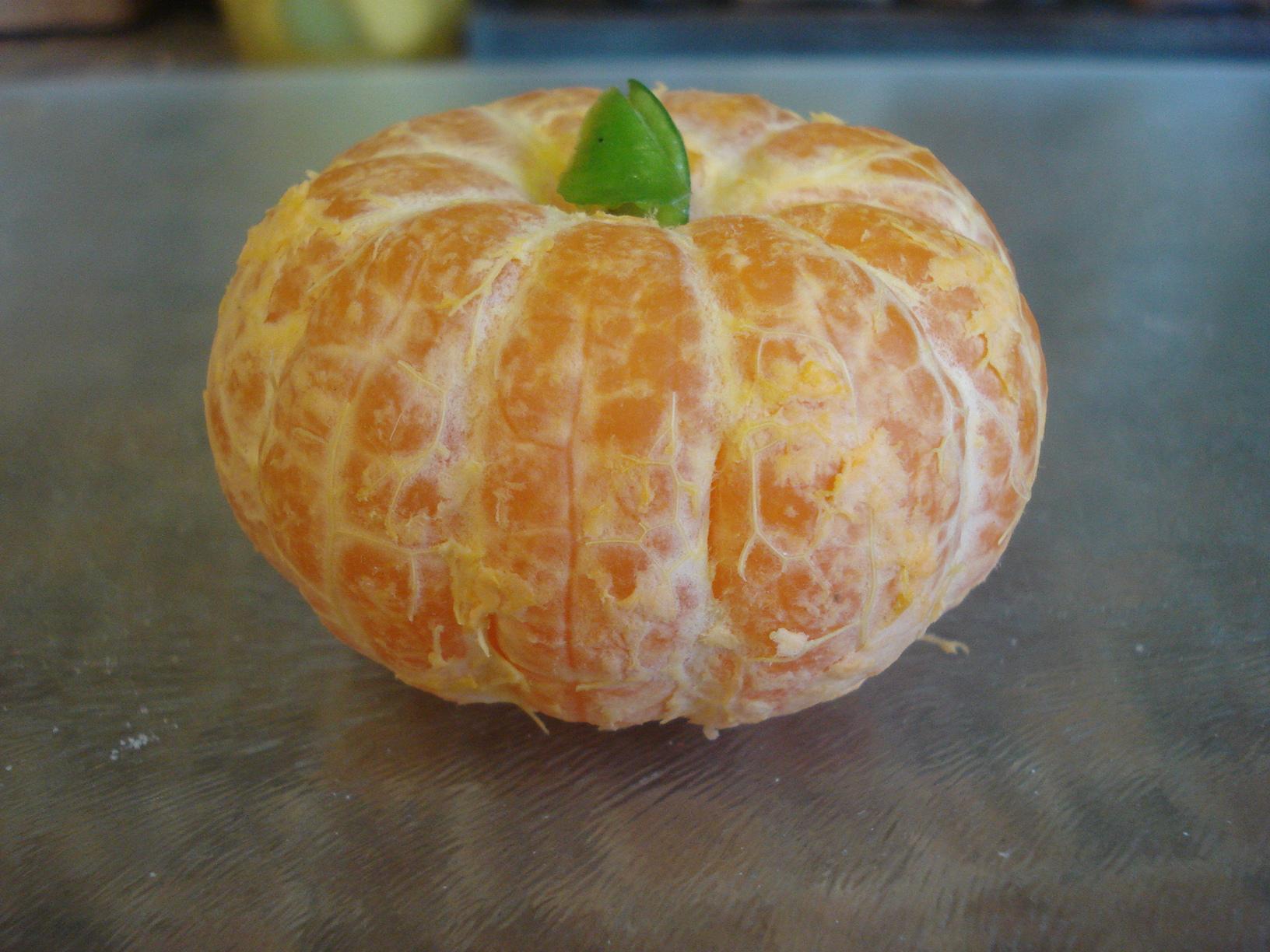 make a tangerine pumpkin