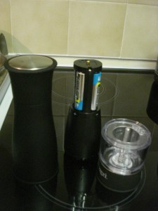 Artesio Electric Pepper Grinder by Ozeri
