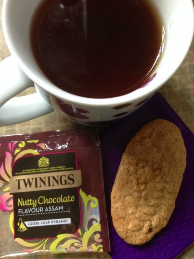 http://chezmaximka.blogspot.co.uk/2014/11/new-twinings-loose-leaf-pyramid-teas.html