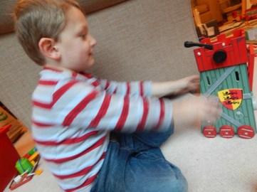 Le Toy Van Siege Tower