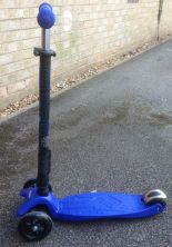 Maxi Micro T-Bar Foldable Scooter 5