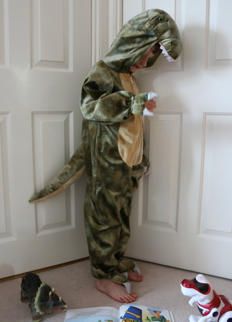 T-Rex dressing up with Pretend to Bee