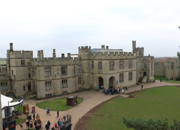 getting-in-the-christmas-spirit-at-warwick-castle-56