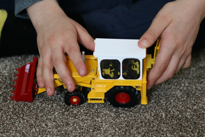 Celebrating Easter with JCB and Britains JCB 3c Mark III 5