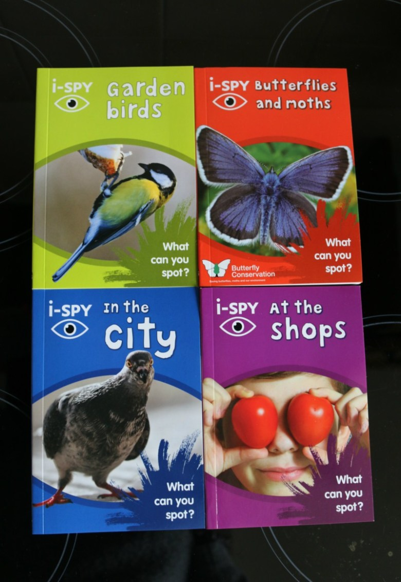 Entertaining children with i-SPY guides