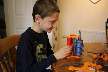 Geomag Mechanics Gravity Shoot and Catch
