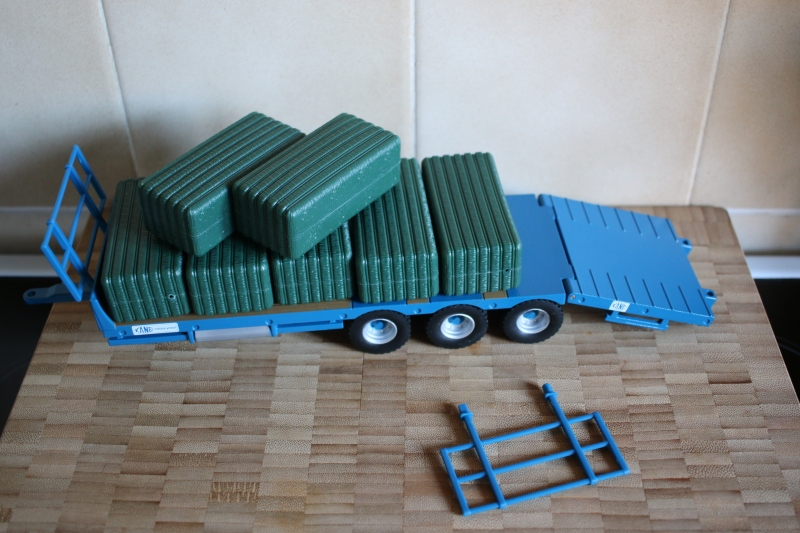 Kane Bale Trailer Play Set