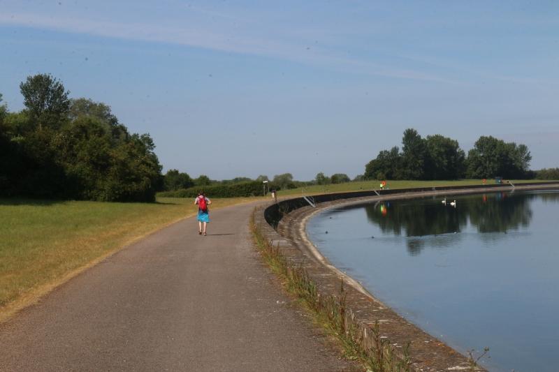 Exploring Farmoor Reservoir