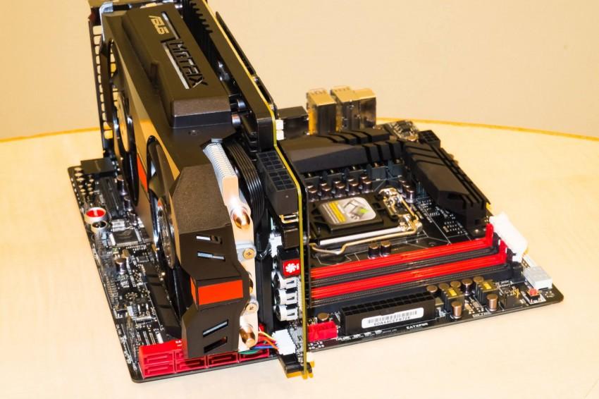 ASUS-Radeon-R9-280X-ROG-Matrix-3-850x566