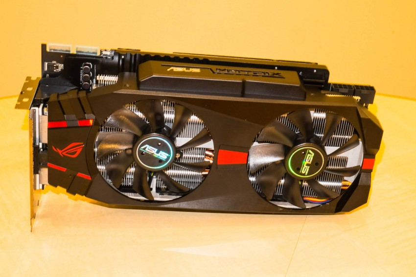 ASUS-Radeon-R9-280X-ROG-Matrix-7-850x566