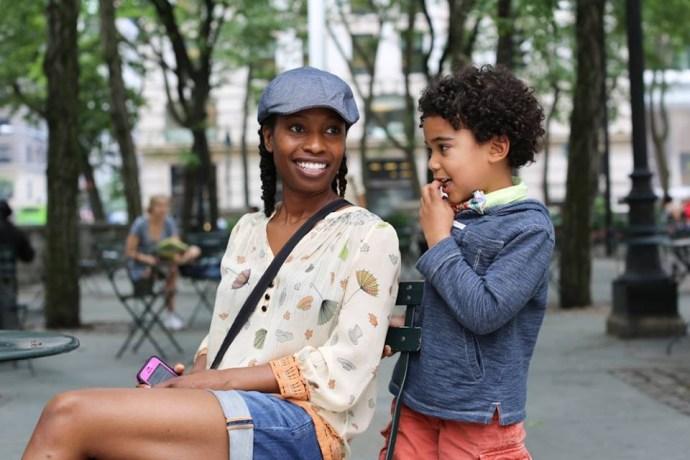 「你身為母親最害怕的事是什麼?」「我最害怕的事就是變得跟我媽一樣,聽不到孩子的聲音,限制了孩子的自由。」