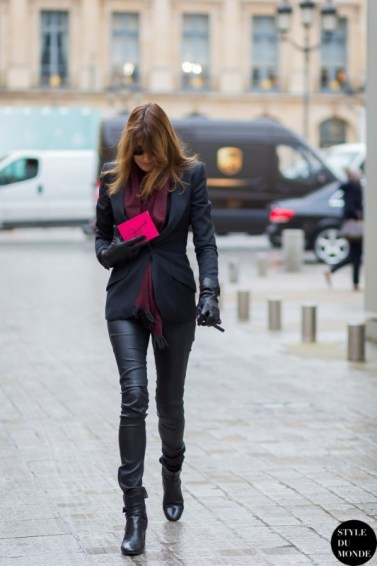 Carla-Bruni-by-STYLEDUMONDE-Street-Style-Fashion-Blog_MG_0949-700x1050