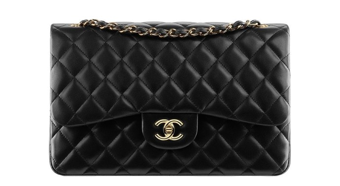 Chanel-Classic-Flap-Bag-Jumbo-e1424800975258-1