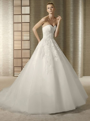 wedding-dresses-sweetheart-neckline-ball-gown-trends-tagged-with-sweetheart-neckline-wedding-dress