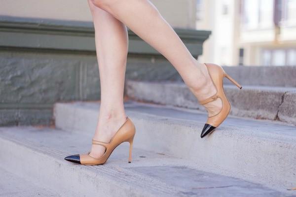 Classic-Cobalt-San-Francisco-Fashion-Blogger-Street-Style-Manolo-Blahnik-Mary-Janes-600x400
