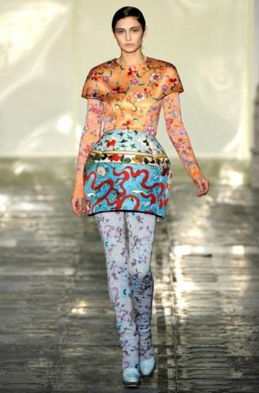 met-gala-china-influences-on-fashion-11