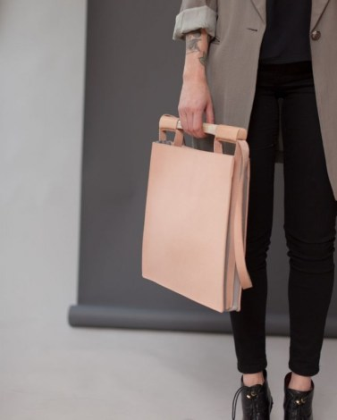 Chiyome-Hover-Bag-1-Squared-Bag