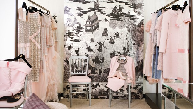 chanel_fitting_room-a-l