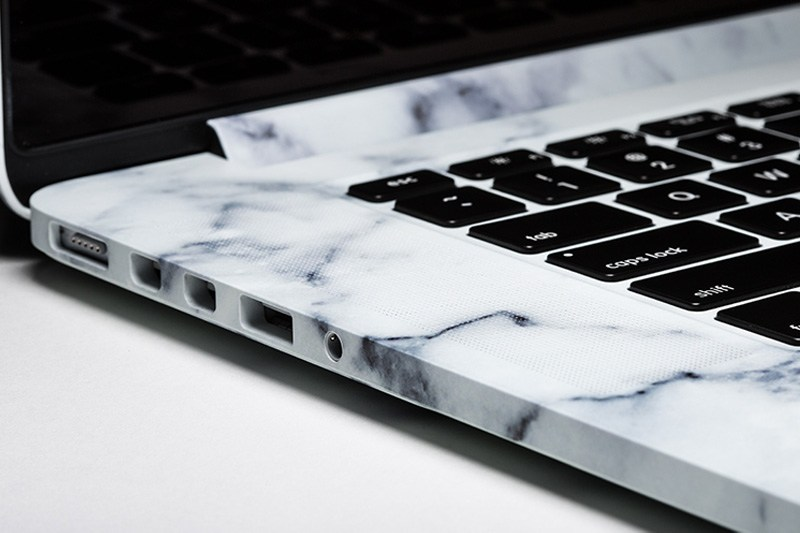 colorwave-marble-macbook-case-02