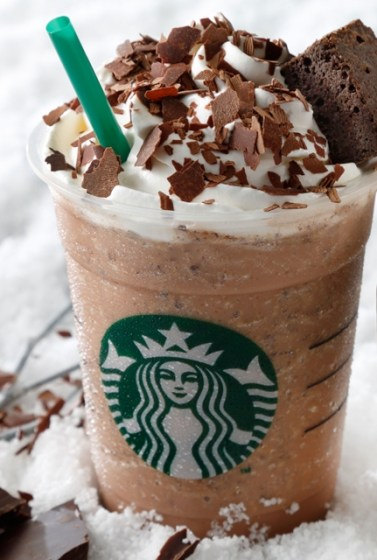 delish-international-starbucks-cookie-crumble-frappuccino_2