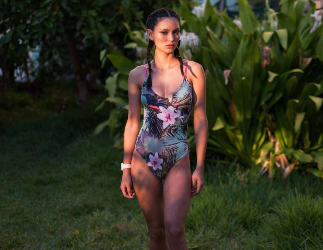 【新聞畫面】WET Swimwear-2016主打新品形象圖-Tropical Paradise(NT$7,800)