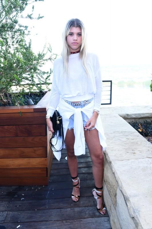 sofia-richie-outfit-ideas-2