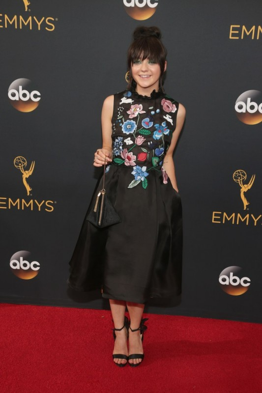 2016-emmys-best-dressed-maisie-williams