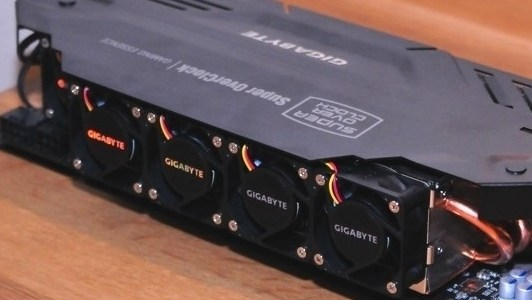 No hay mucho que introducir para hablar acerca de la nueva creación de los ingenieros de GIGABYTE con el modelo personalizado del chipDual NVIDIA GeForce GTX 680, solo preparar los […]