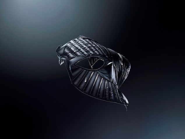 Nike Aeroloft 800 慢跑羽絨背心 NT$3680