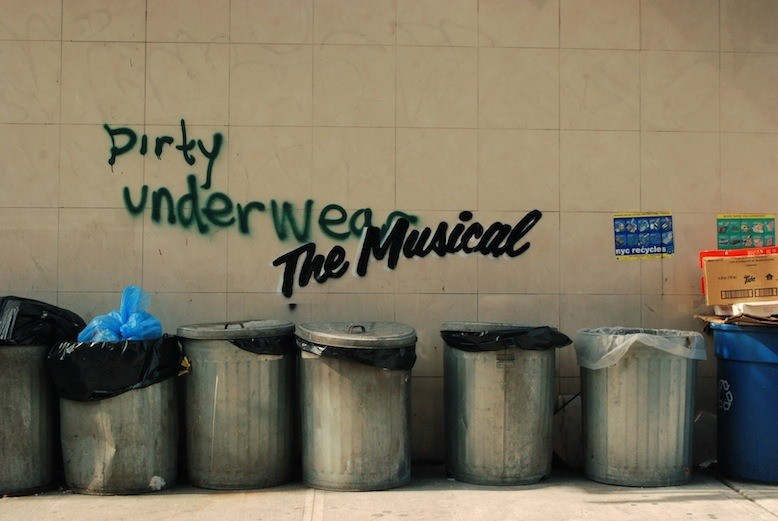 banksy-gives-new-york-graffiti-a-broadway-makeover-3