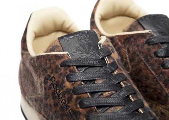 hpp-reebok-classic-leather-30th-7