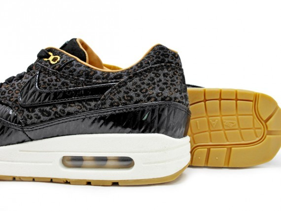 nike-air-max-1-fb-quilted-leopard-3
