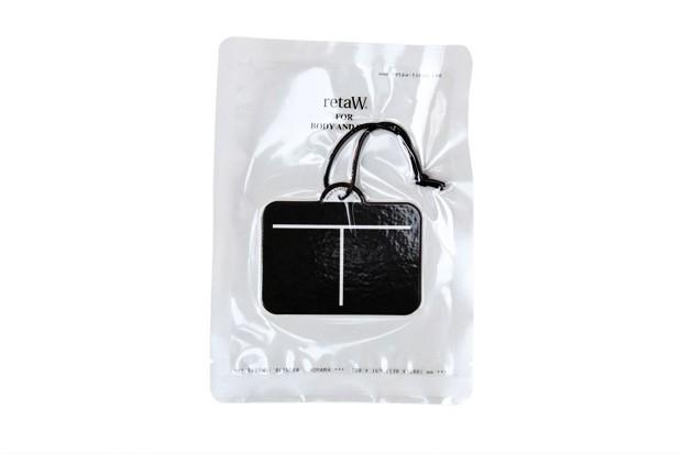 retaw-x-head-porter-fragrance-luggage-tag-3