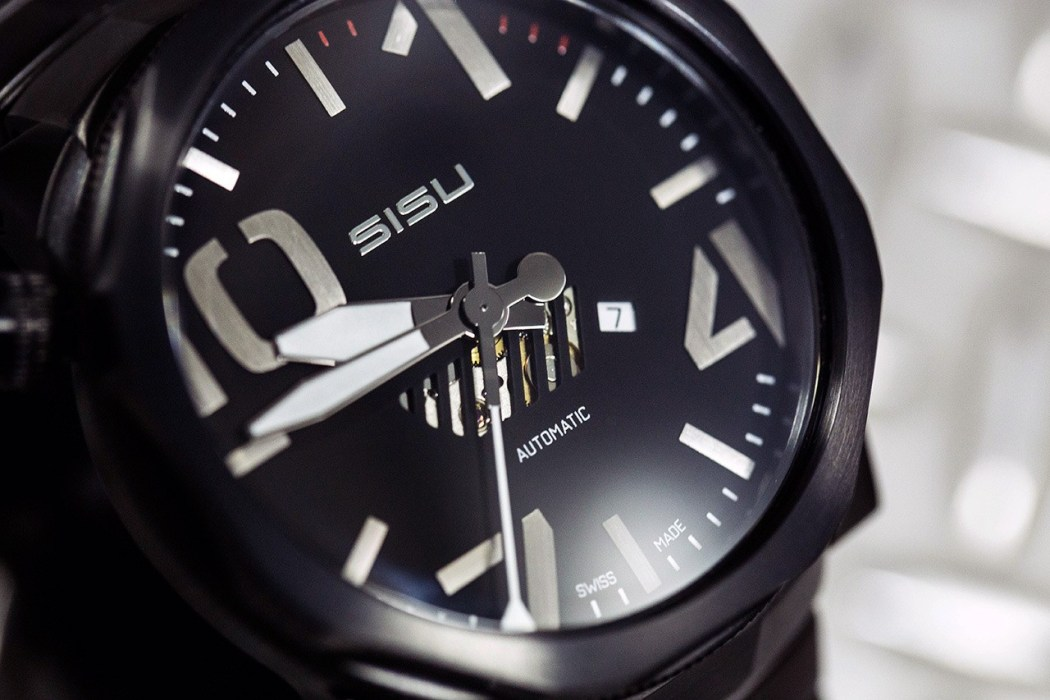 sisu-bravado-a5-stealth-swiss-automatic-limited-edition-watch-3