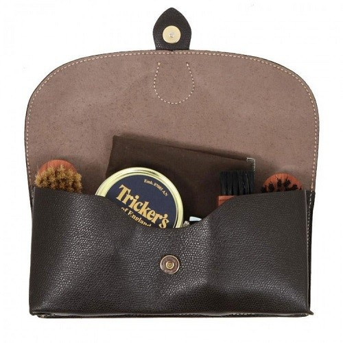 trickers-travel-kit-12486-750x750