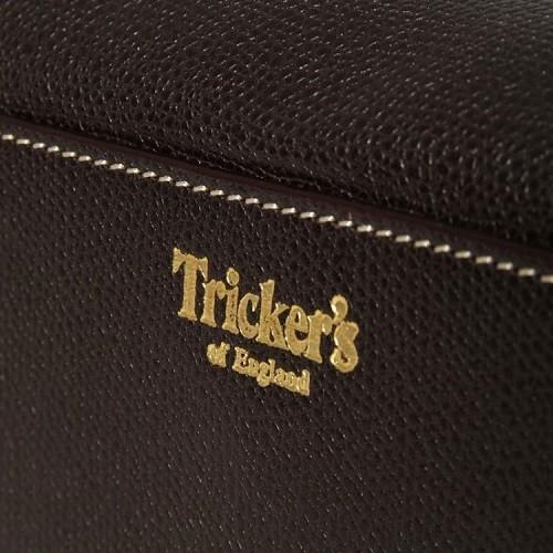 trickers-travel-kit-53214-750x750