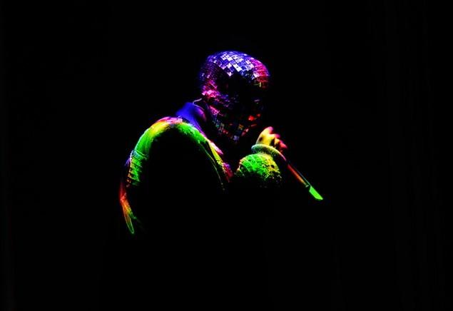 112113_Tommy_Ton_Kanye_West_Concert_slide_09_