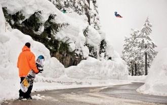 686-snowboarding-2013-fall-winter-lookbook-01