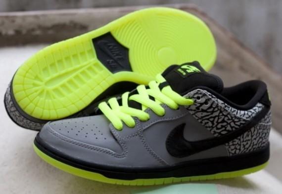 Primitive-x-Nike-SB-Dunk-112-1